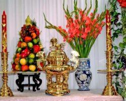 5 loại hoa cắm trên bàn thờ ngày Tết