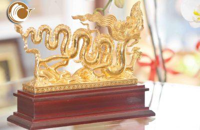 Nên chọn quà tặng mạ vàng nào cho người tuổi Thìn?